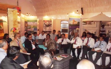Sri Lanka construction industry professions form Urban Resilience task force at CHOGM 2013